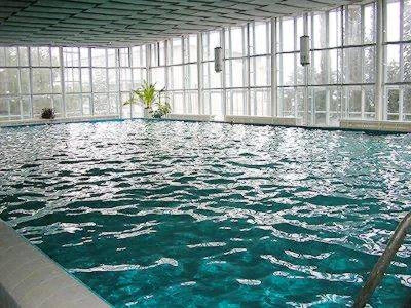 Почему фитнес-клуб с бассейном?